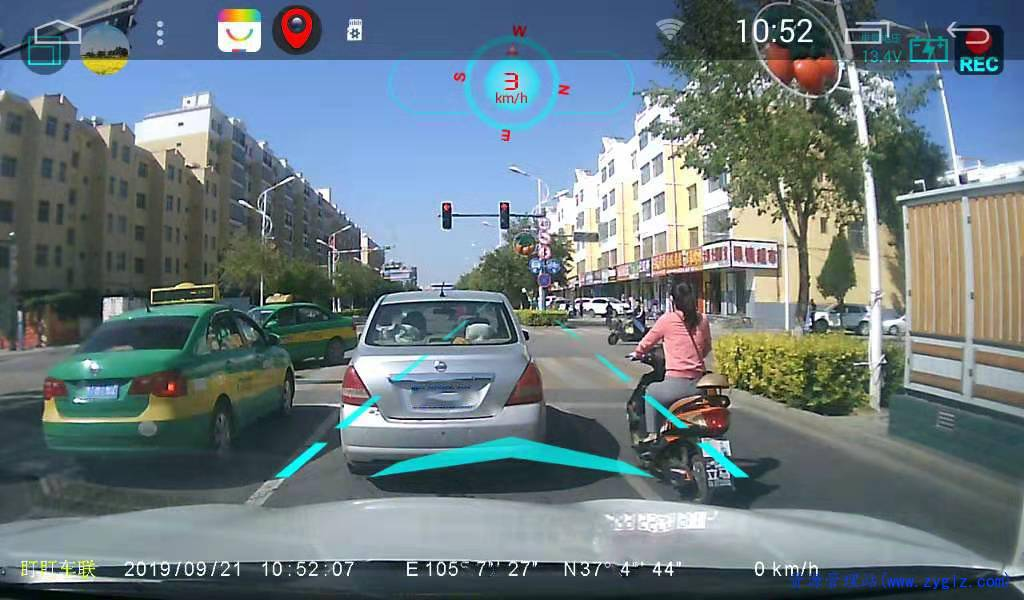 行车记录仪实际使用照片1.jpg